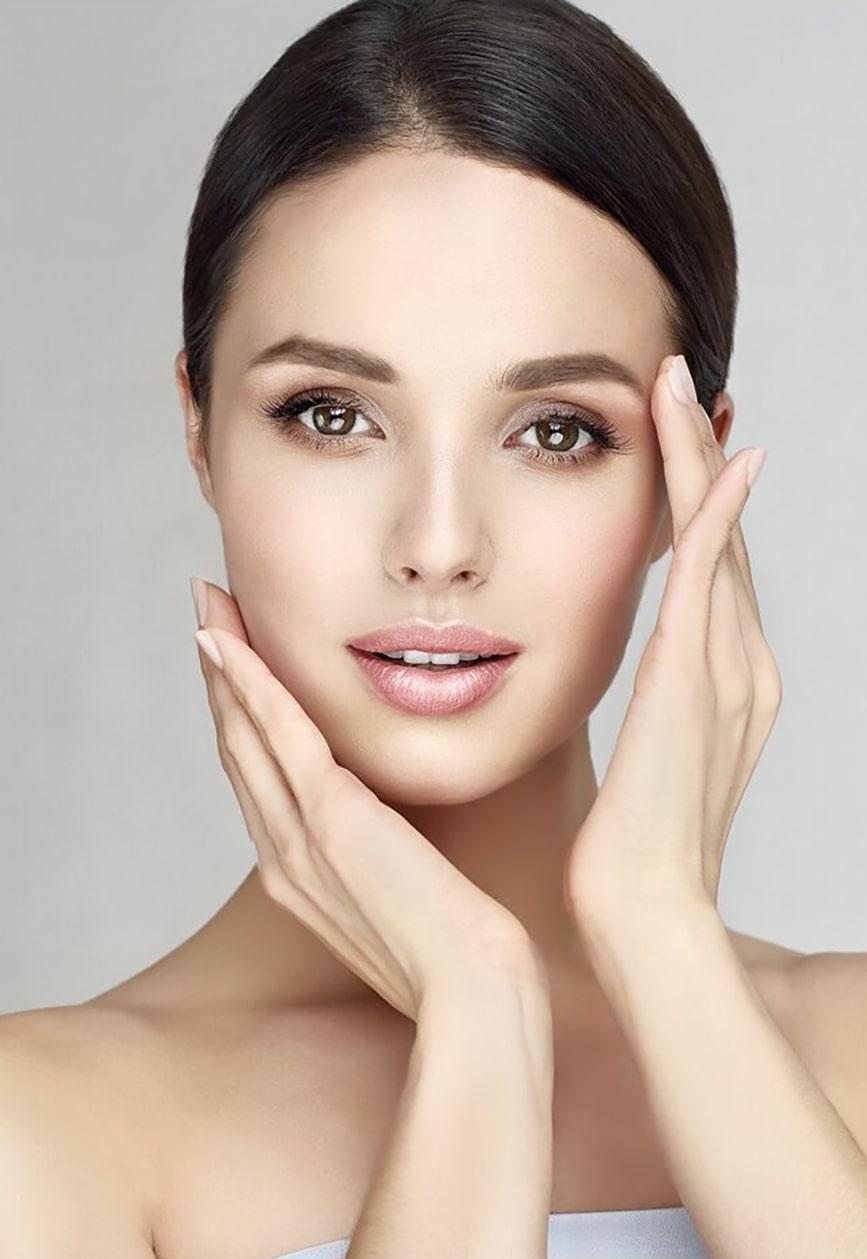Kosmetikstudio Deniz Lux kosmetische Gesichtsbehandlung